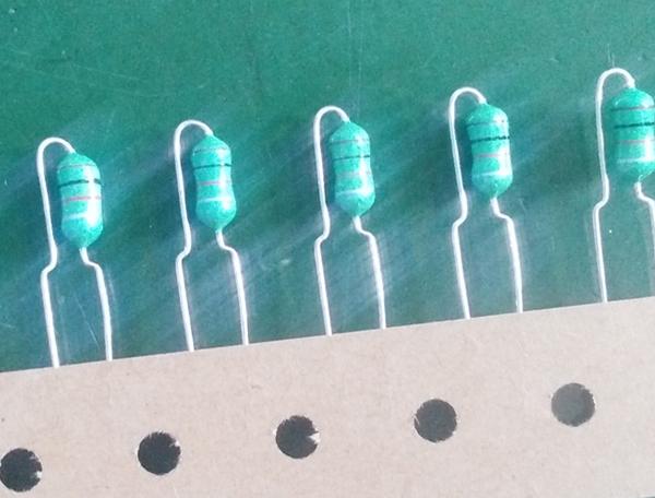 色环电感 立式编带产品